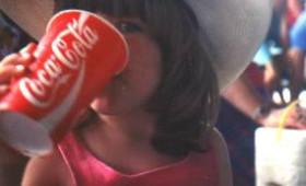 Εξακολουθείτε να πίνετε… Coca-Cola;
